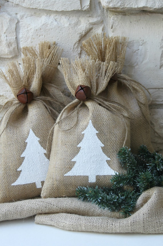 """Burlap Gift Bags, White Christmas Tree, Set of FOUR, 7"""" X 11"""", White and Natural, Rustic Jingle Bell Tie On, Shabby Chic Wrapping, Treat Bag"""