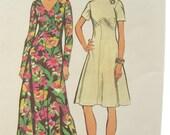 1970s Simplicity 5850 V Neck Maxi Dress Vintage Sewing Pattern Bust 40