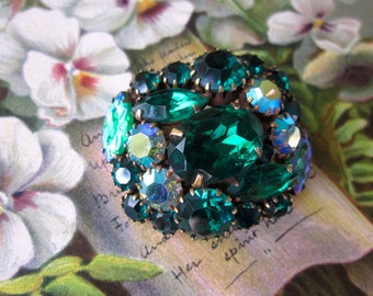 Emerald Green Molded Art Glass Rhinestone Brooch