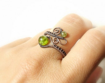 Birthstone peridot ring, olivine copper ring, green stone rustic jewelry, birthday gift for women