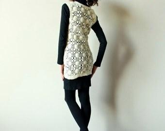 60s Hippie Sweater Vest, pullover crochet knit lace Mod openwork  tunic, off-white ivory bone wool boho micro mini dress