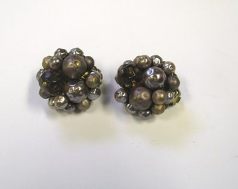 Vintage Mauve Brown Amber Beaded Cluster Clip on Earrings in Gold tone metal, signed Japan