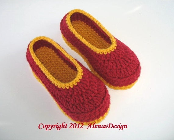 Crochet Pattern 068 - Childrens Slippers - Amy includes six sizes - Slippers Shoes Girl Boy Children Toddler Youth Size Red Booties Flower