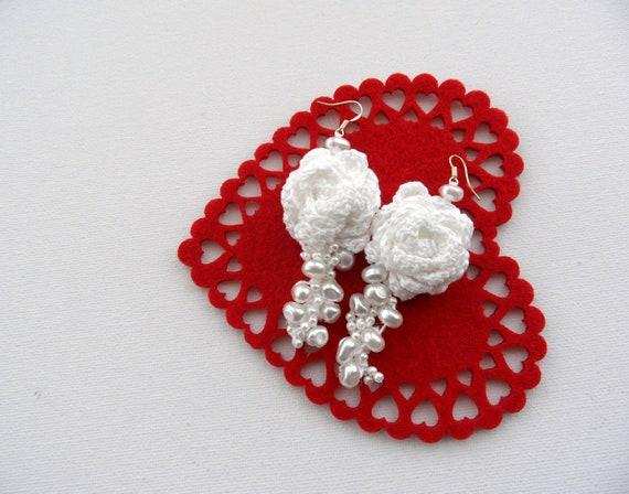 Crochet Earrings - White Earrings - Dangle Earrings - Roses