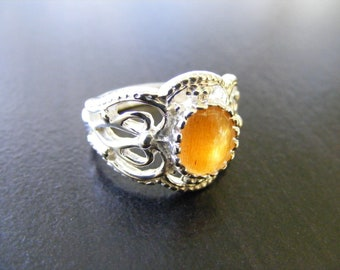15% Off Sale.S98 New Sterling Silver Antique Style Filigree Ring With 2 carat Natural Star Sunstone