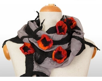 SALE!!!   felt, nuno felted grey and black necklace, collar, poppy flowers - by inmano