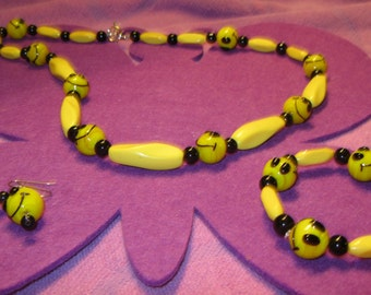YELLOW and BLACK SMILEY Jewelry Set