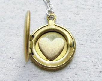 Personalized Wedding Gift, Girlfirend Gift, Personalized Locket, Heart Necklace Locket, Bridesmaid Gift, Bridal Locket, Initial Jewelry