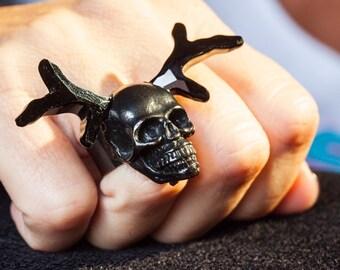 Unique handmade adjustable women black resin and black crystal skull ring.