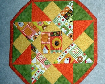 Reversible Pretty Quilted Sunflower Table Topper