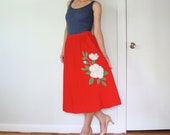 vintage women flowers applique hot red pink green pleated gathered flared full A-line skirt (medium)