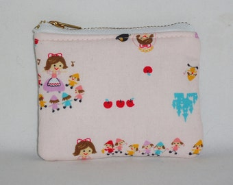 Kawaii Snow White Padded Zippered Pouch -- Lilac Leather (No. 1)