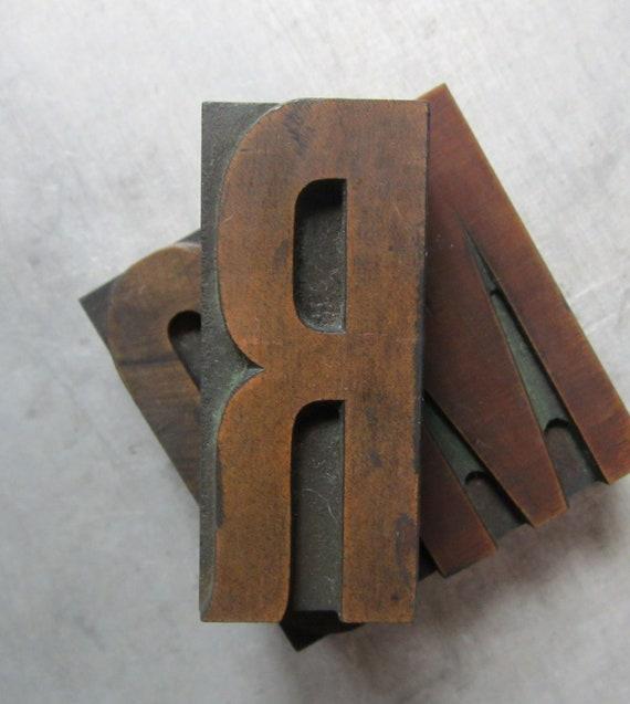 Antique Letterpress Wood Type Printers Block Letter R