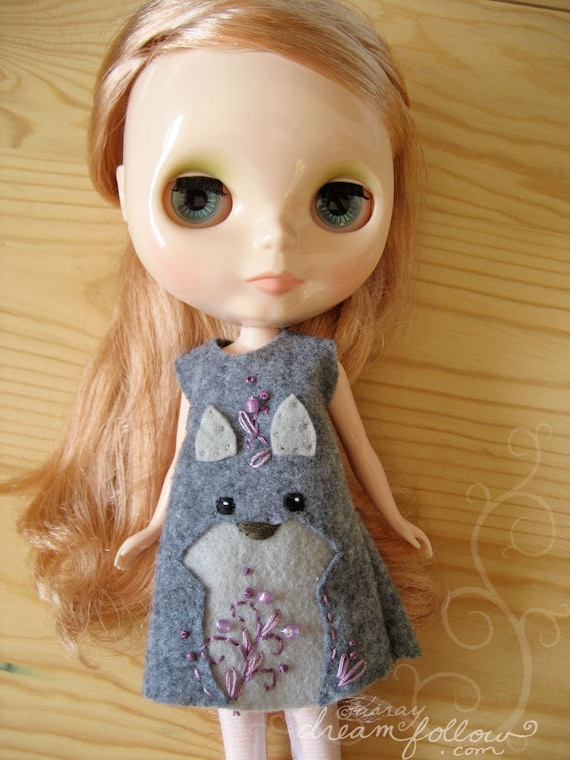 Wolf Face felt Blythe dress
