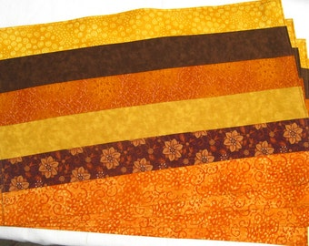 Autumn Leaves Orange Yellow Gold Brown Set of 4 Placemats