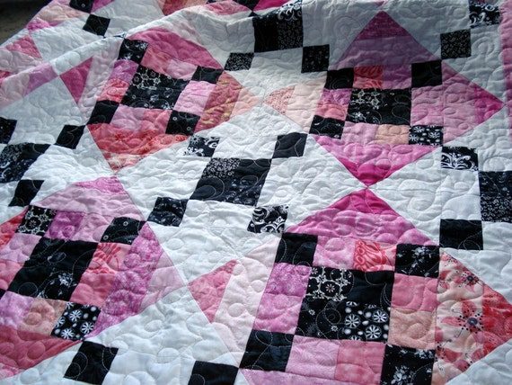 Crosswalks in Paris Quilt - Pink and Black Blanket for your home