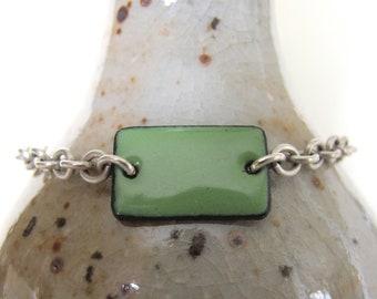 Green Bracelet, Enamel Bracelet, Enameled Copper, Silver Chain, Chain Bracelet, Pea Green, Geometric Jewelry, Silver Bracelet
