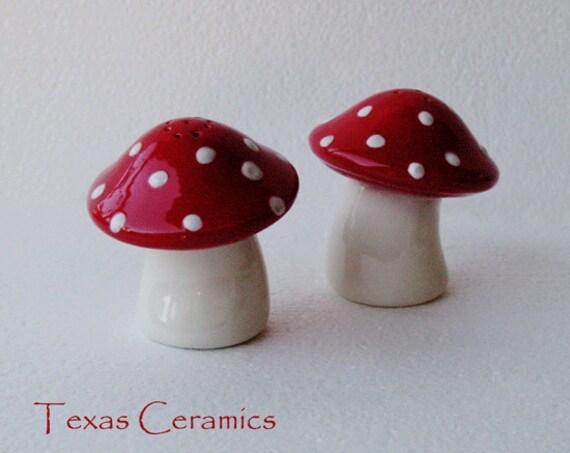 Vintage Mushroom Salt And Pepper Shakers Mushroom Salt And Pepper