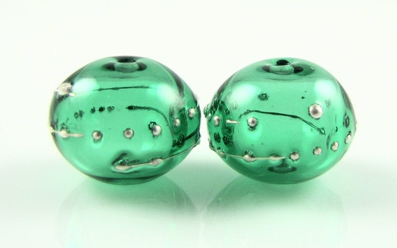 Emerald Green Bead Pairs with Fine Silver Droplets