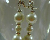 FREE SHIPPING EARRINGS White Faux Pearls