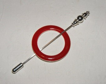 Lace Weight Shawl Pin in Red
