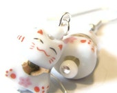 Sale 10% Off Tiny Cat Earrings -- Beaded Kawaii Earrings