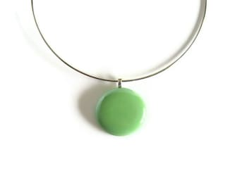 Statement Neck Wire Choker, Mint Green Glass Pendant, Cute Women Necklace, Minimalist Jewelry Avocado Green Round Opalescent, Gifts for Her