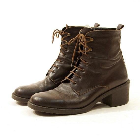 90s bass leather lace up ankle boots in brown by