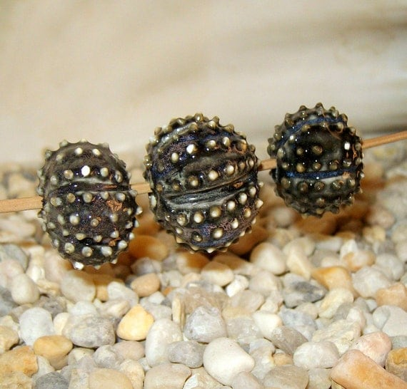 3 large Black Sea Urchin porcelain beads for necklace or jewelry creations - by Earth N Elements Pottery