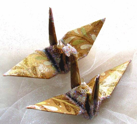 paper crane magic Tricks - world of magic offers a selection of paper crane productions - amanda hartley, card magic.