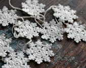 Crochet Garland - Small Doily Bunting -- Snowflake garland - white linen -- 18 snowflakes