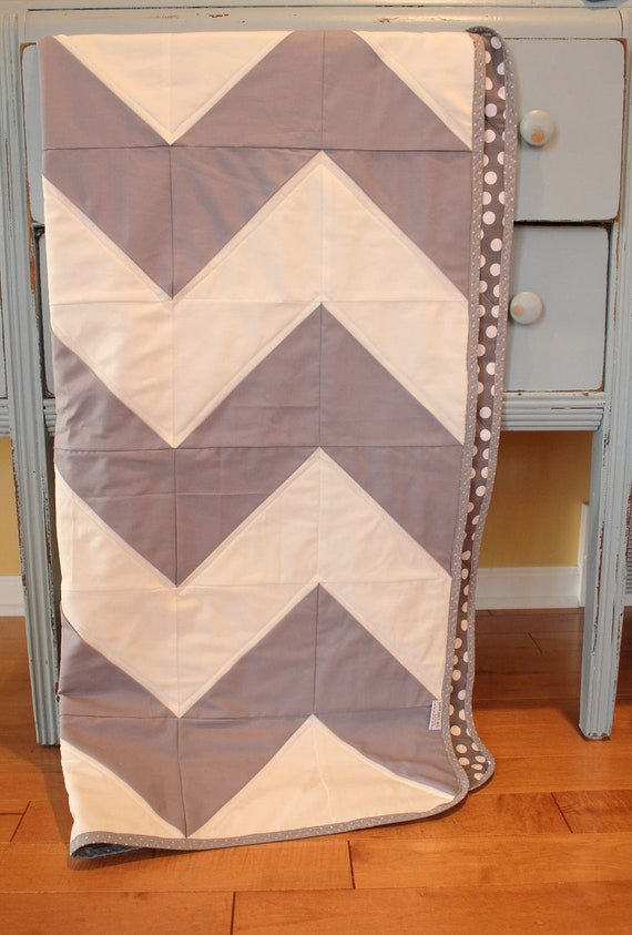 Chevron quilt by petunias gray white dot baby blanket - Vintage antique baby room ideas timeless charm appeal ...