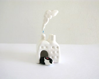 Bunny Rabbit Factory - Miniature Ceramic Sculpture
