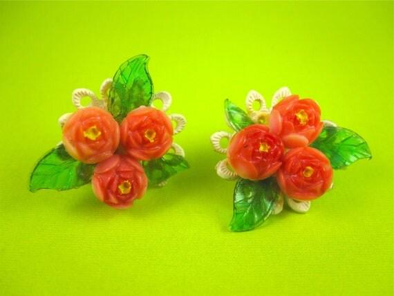 Vintage 40s Celluloid Flower Cluster Earrings