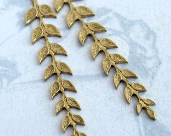 Brass Branch with Leaves Pendants (2X) (M753)