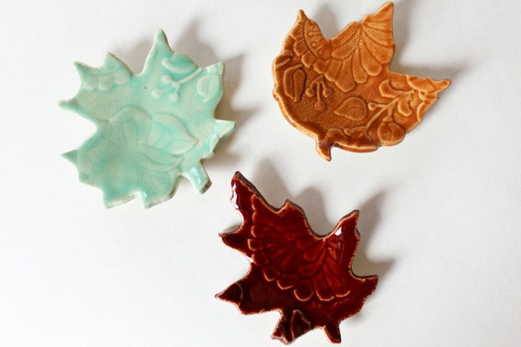 Colorful Clay Leaves for Decoration, set of 3