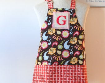 SALE Little Kids/Toddler Apron Ages 2-6 Personalized Letter Initial Felt Patch - Reversible Apron with Pockets - Pink Paisley