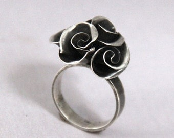 Handmade Mini Rose Bouquet Ring
