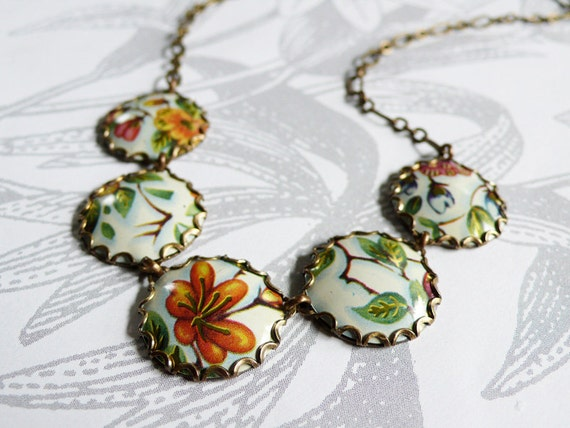 jardin chinois - vintage tin and brass necklace