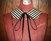 Detachable Striped Peter Pan Collar