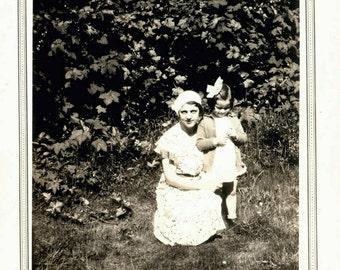 vintage photo Mama with Baby Ellen