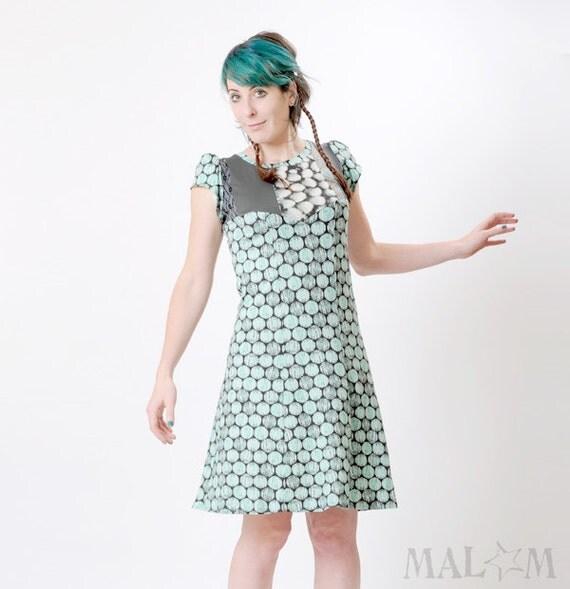 Mint green dress - Knee-length jersey dress - Dots and patchwork - short sleeves