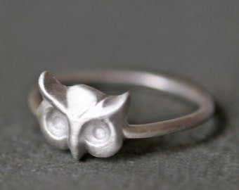 Owl Ring in Sterling Silver
