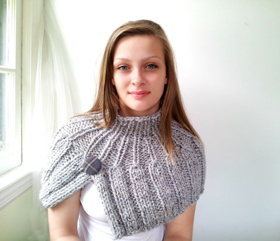 Handknit Cape. Heathered Gray Capelet. Chunky Ribbed - Choose Your Color