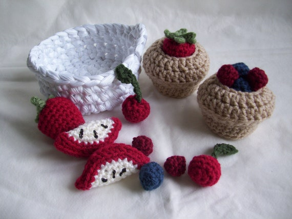 Fruit topped muffins in basket, crochet play food set