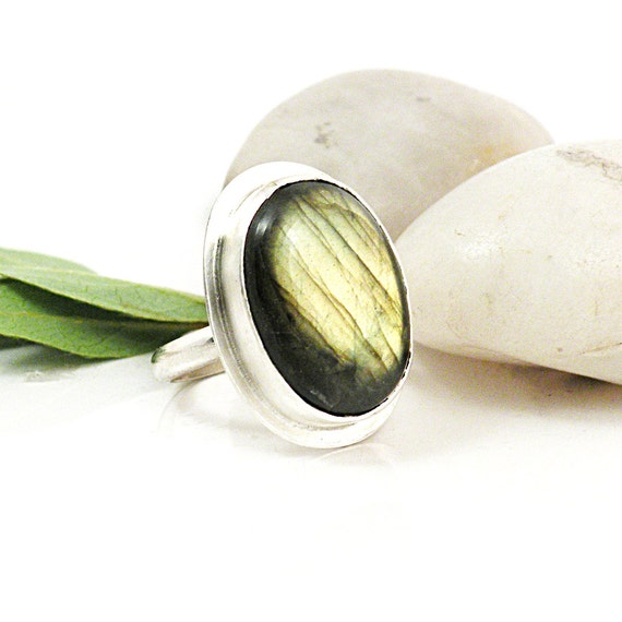 50% OFF SALE Sterling Silver Labradorite Ring Yellow Green Oval Stone Jewelry Size 9 - Stormy