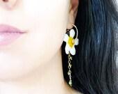 Daisy Earrings, Lampworked Glass, Peridot, Sterling Silver, Filled Gold