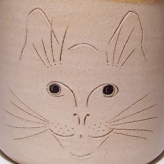 Cat Face Pottery Utensil Holder Limited Series 228 (wide)