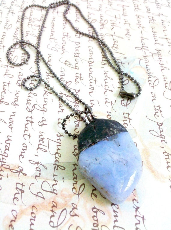 Blue Agate Crystal Necklace, Soldered Agate Charm Necklace, Blue Agate Crystal Pendulum, Soldered Blue Crystal, Crystal Necklace