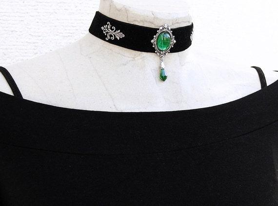20%off Black choker Velvet ribbon Emerald Green crystal womens Gothic Jewelry Black Gothic Choker Black Velvet Choker